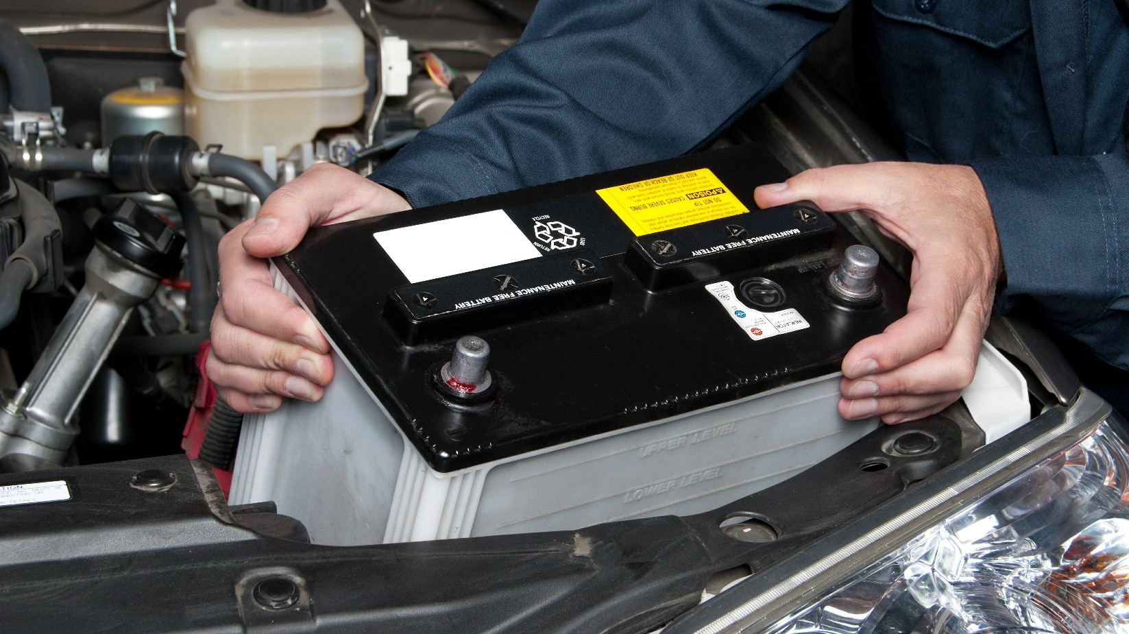 Mercedes Battery Replacement Service
